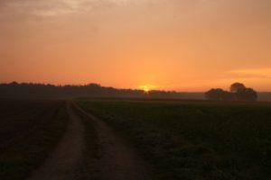 Landschaft in der Abenddämmerung